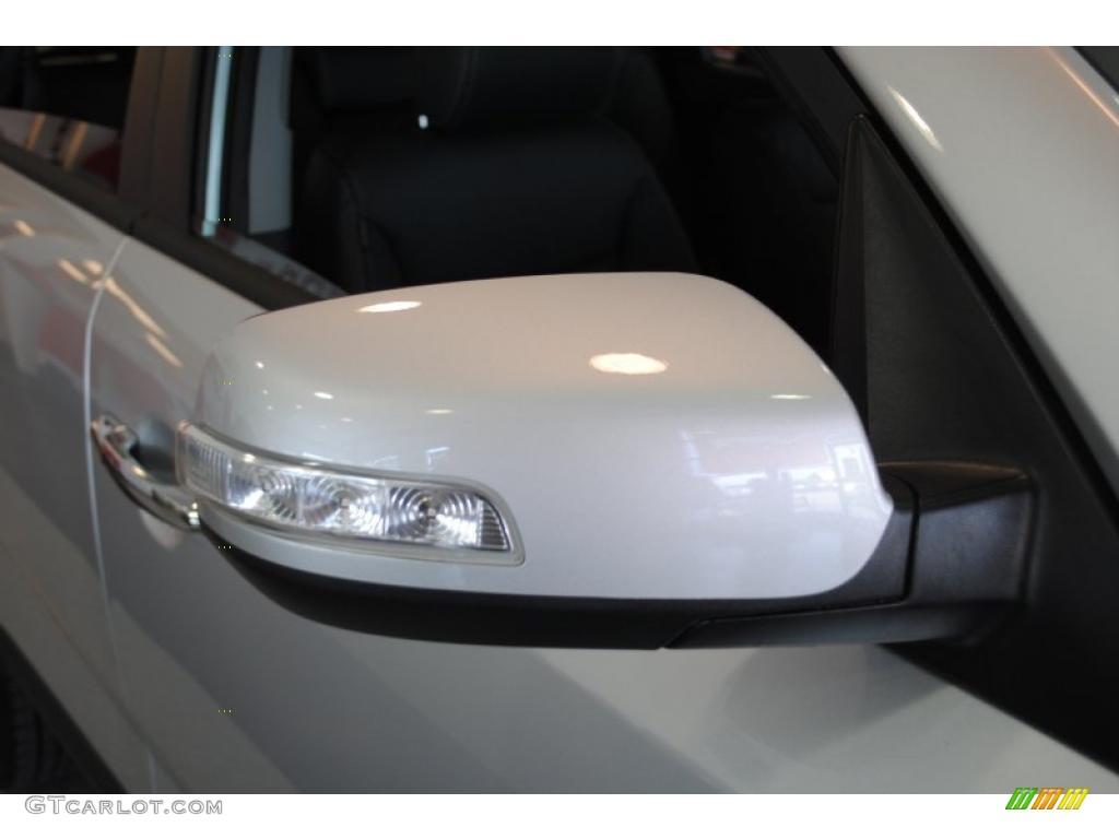 2011 Sorento EX AWD - Bright Silver / Black photo #55