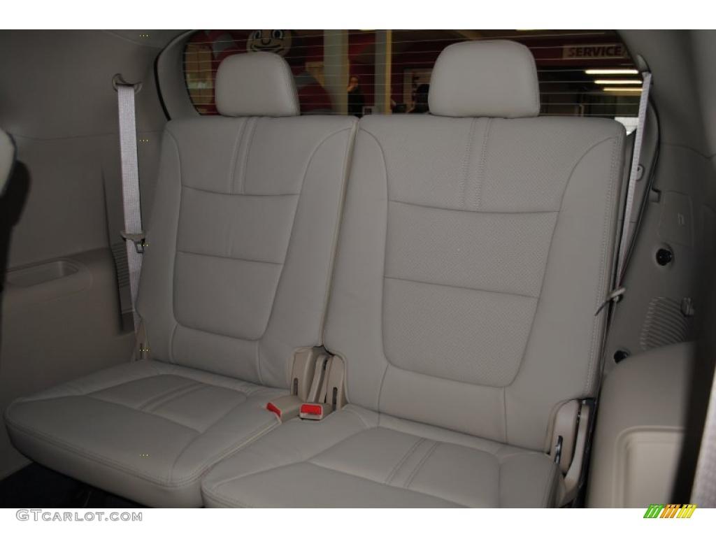 2011 Sorento EX AWD - Spicy Red / Beige photo #17