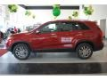2011 Spicy Red Kia Sorento EX  photo #4