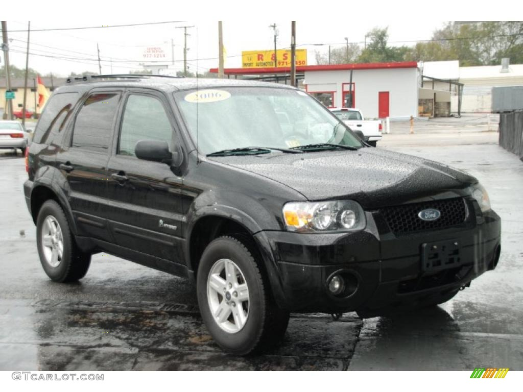 Black Ford Escape Hybrid