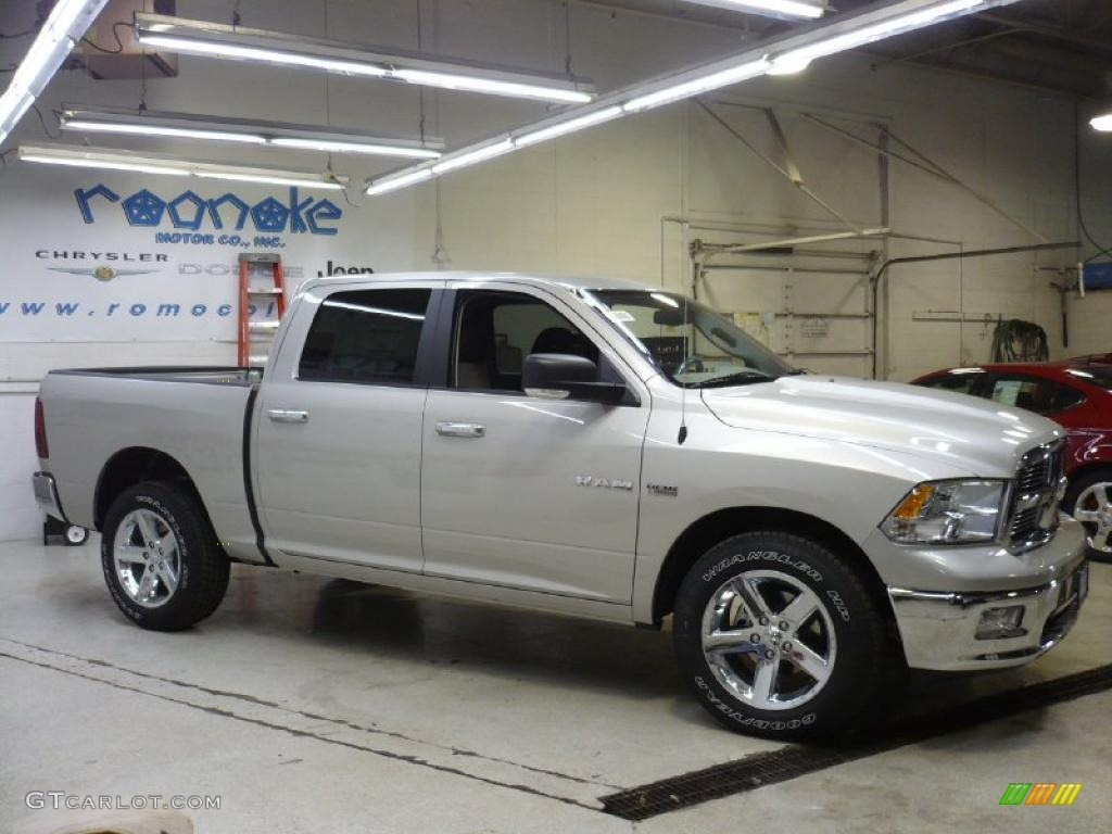 2010 bright silver metallic dodge ram 1500 big horn crew cab 4x4 26996643 photo 20 gtcarlot - Crew cab dodge ram ...