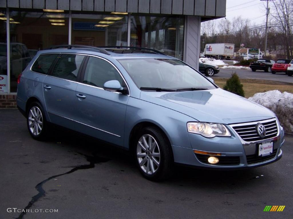 2007 arctic blue silver metallic volkswagen passat 3 6 4motion wagon 27051502. Black Bedroom Furniture Sets. Home Design Ideas