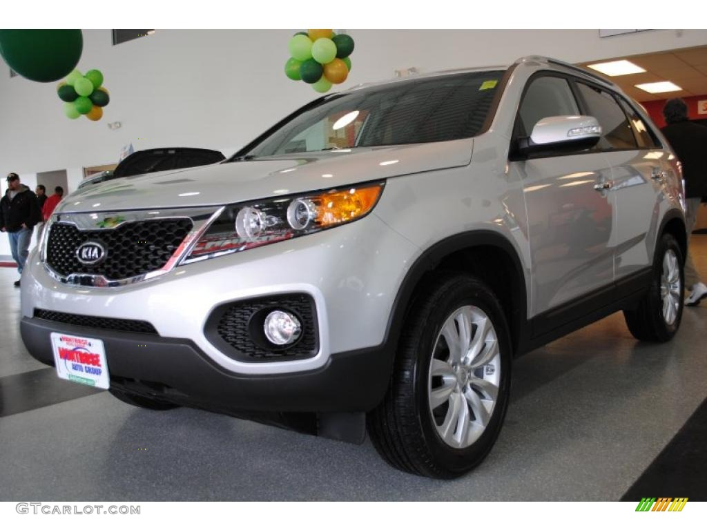 2011 Sorento EX - Bright Silver / Black photo #3