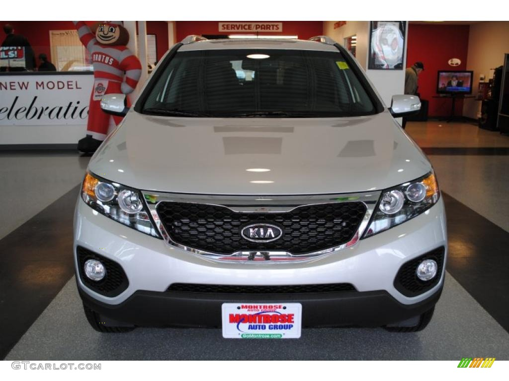 2011 Sorento EX - Bright Silver / Black photo #11