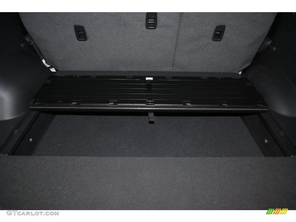 2011 Sorento EX - Bright Silver / Black photo #29