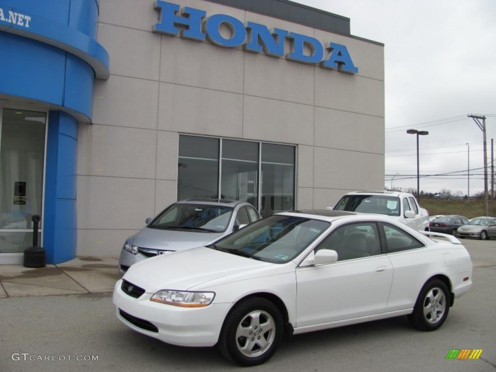 Captivating Taffeta White Honda Accord