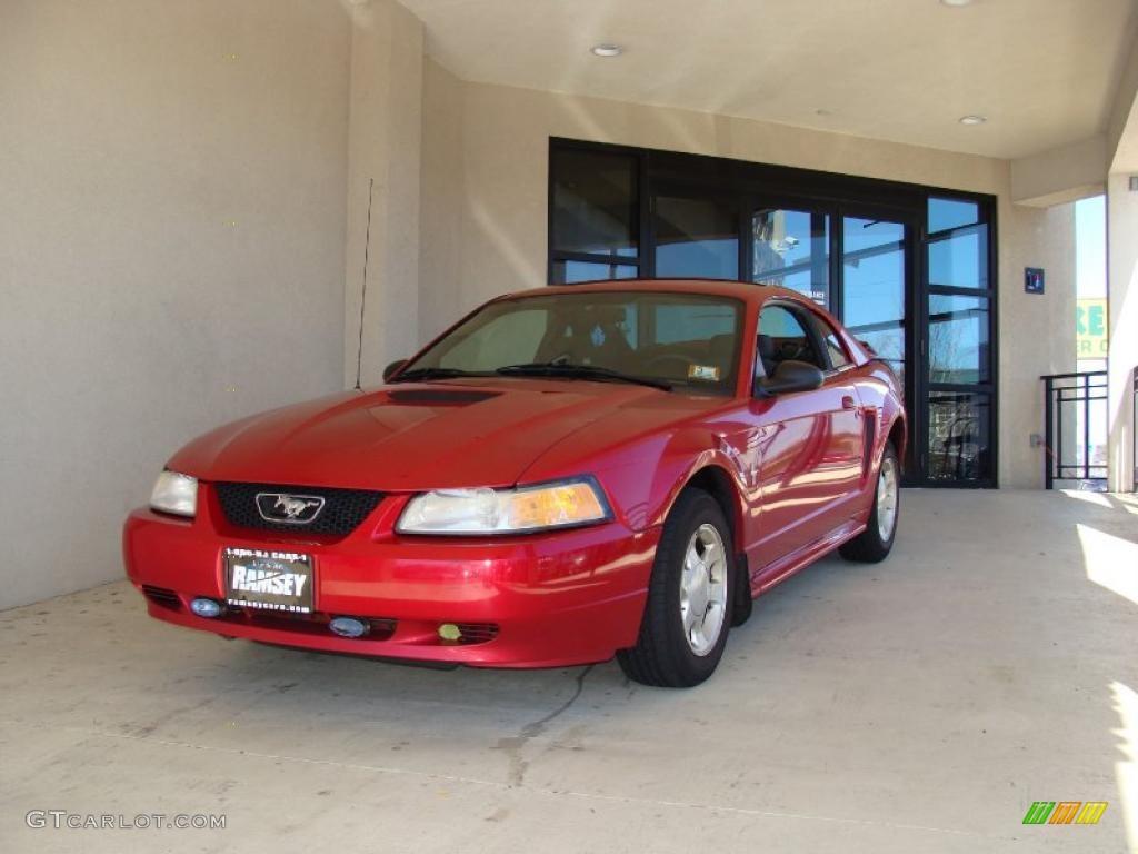 2000 Mustang V6 Coupe - Laser Red Metallic / Medium Graphite photo #1