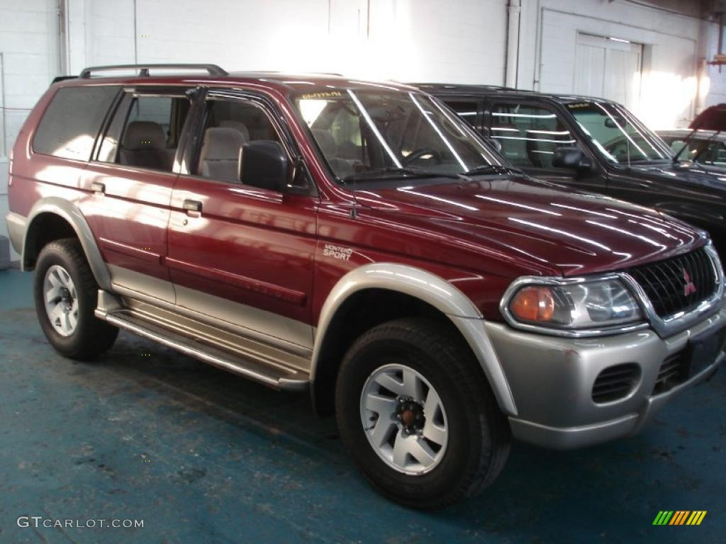 2001 Cambridge Red Pearl Mitsubishi Montero Sport Xls 4x4