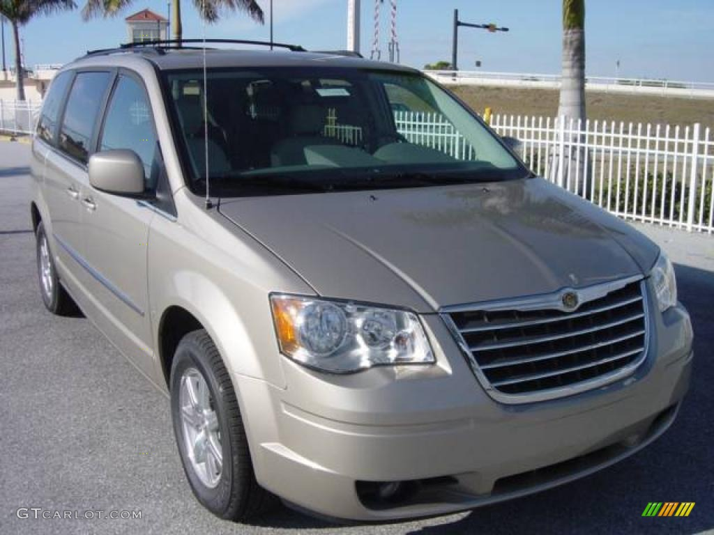 2009 light sandstone metallic chrysler town country signature series. Cars Review. Best American Auto & Cars Review