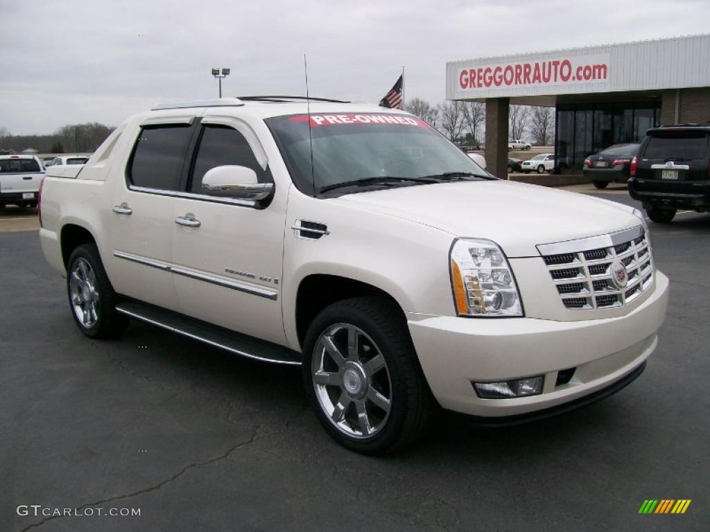 2008 white diamond cadillac escalade ext awd 27169275. Black Bedroom Furniture Sets. Home Design Ideas