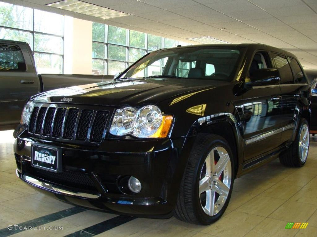 2009 brilliant black crystal pearl jeep grand cherokee srt-8 4x4