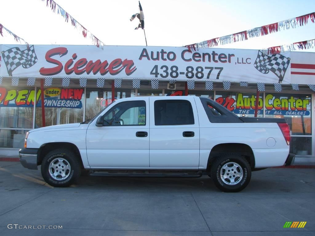 Summit White Chevrolet Avalanche