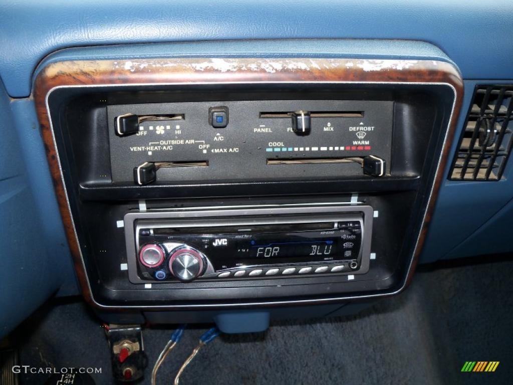 Interior paint colors grey - 1988 Silver Metallic Ford F150 Xlt Lariat Regular Cab 4x4
