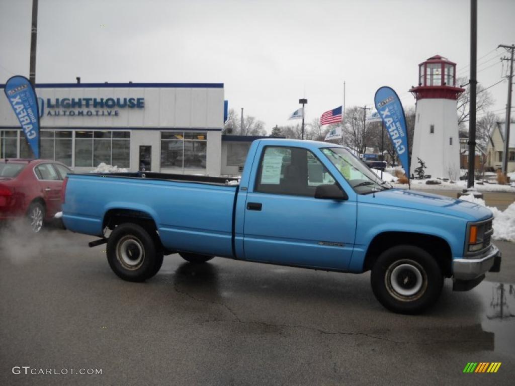 1995 Light Quasar Blue Metallic Chevrolet C K 2500 C2500