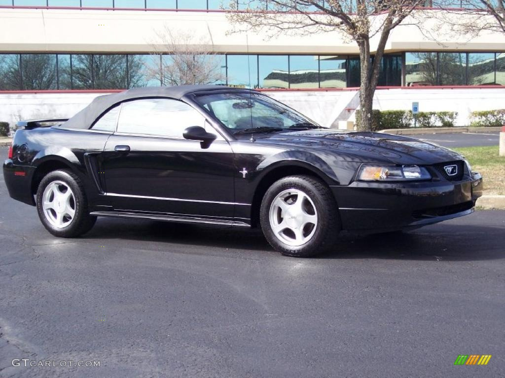 2001 Mustang V6 Convertible - Black / Dark Charcoal photo #1