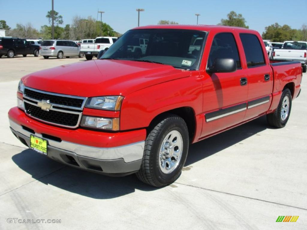 2006 Silverado 1500 LS Crew Cab - Victory Red / Dark Charcoal photo #7