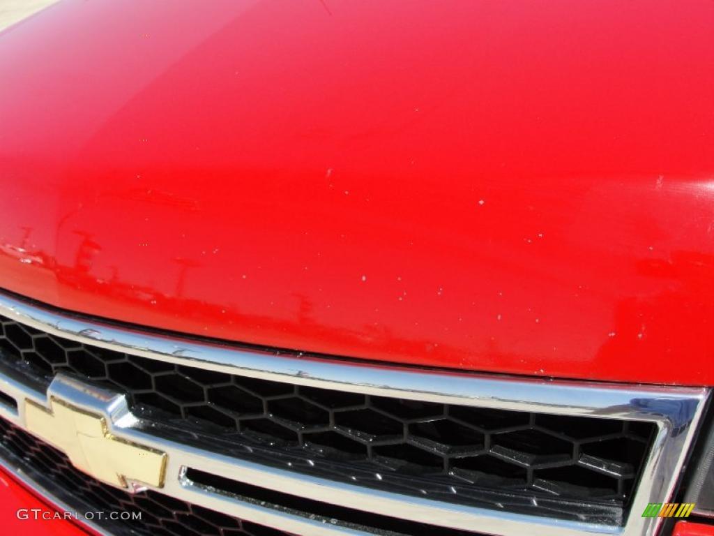 2006 Silverado 1500 LS Crew Cab - Victory Red / Dark Charcoal photo #11
