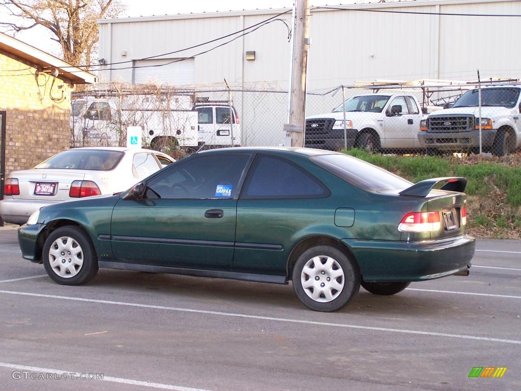 1999 Civic DX Coupe   Clover Green Pearl / Dark Gray Photo #1