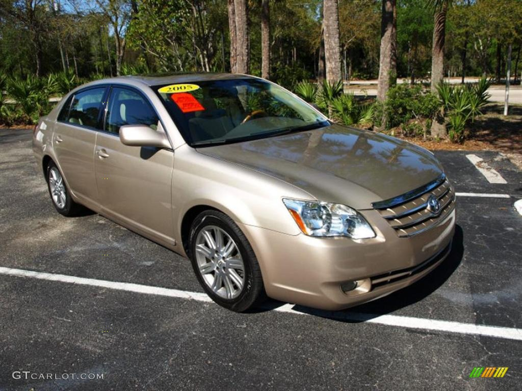 2005 desert sand mica toyota avalon limited 27992974. Black Bedroom Furniture Sets. Home Design Ideas