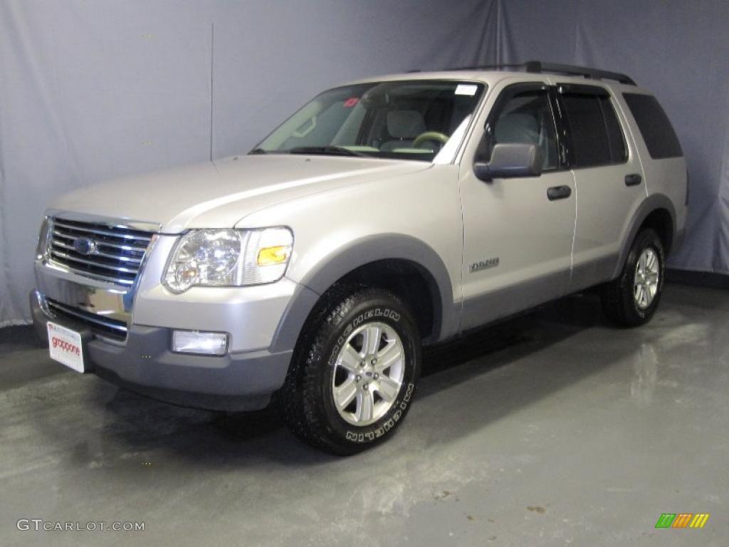 2006 Silver Birch Metallic Ford Explorer XLT 4x4 28092565 C