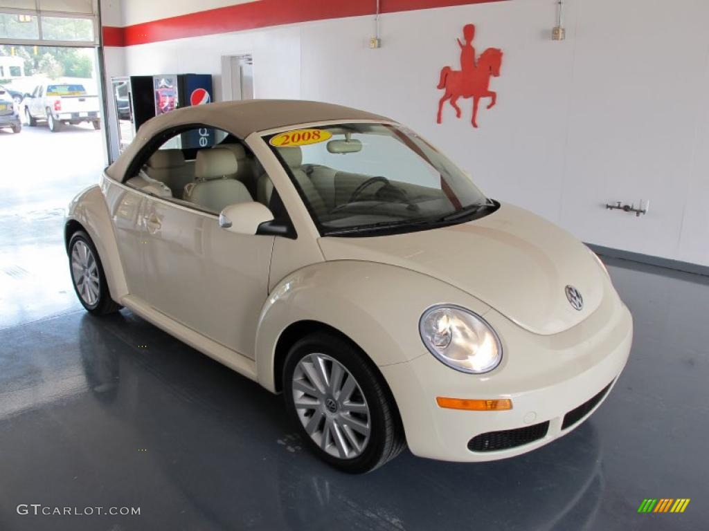 Harvest Moon Beige Volkswagen New Beetle