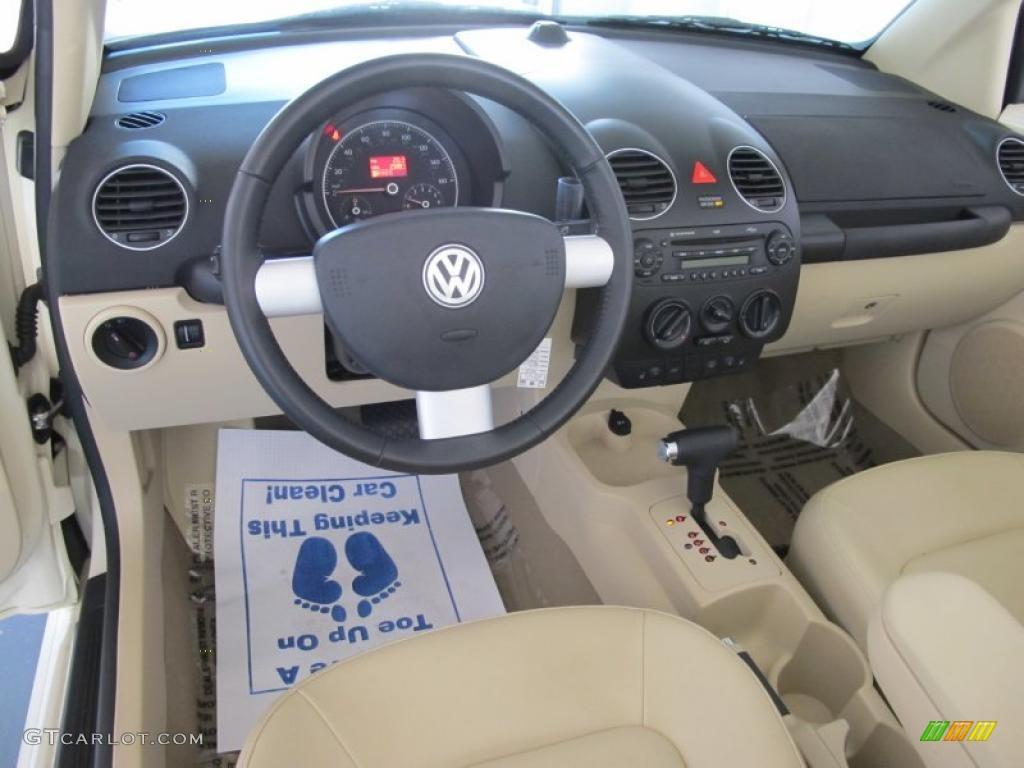 2008 harvest moon beige volkswagen new beetle se convertible 28092072 photo 12 for 2008 volkswagen beetle interior