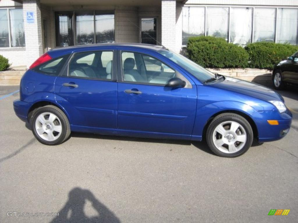 2006 sonic blue metallic ford focus zx5 ses hatchback 28092550 car color galleries. Black Bedroom Furniture Sets. Home Design Ideas