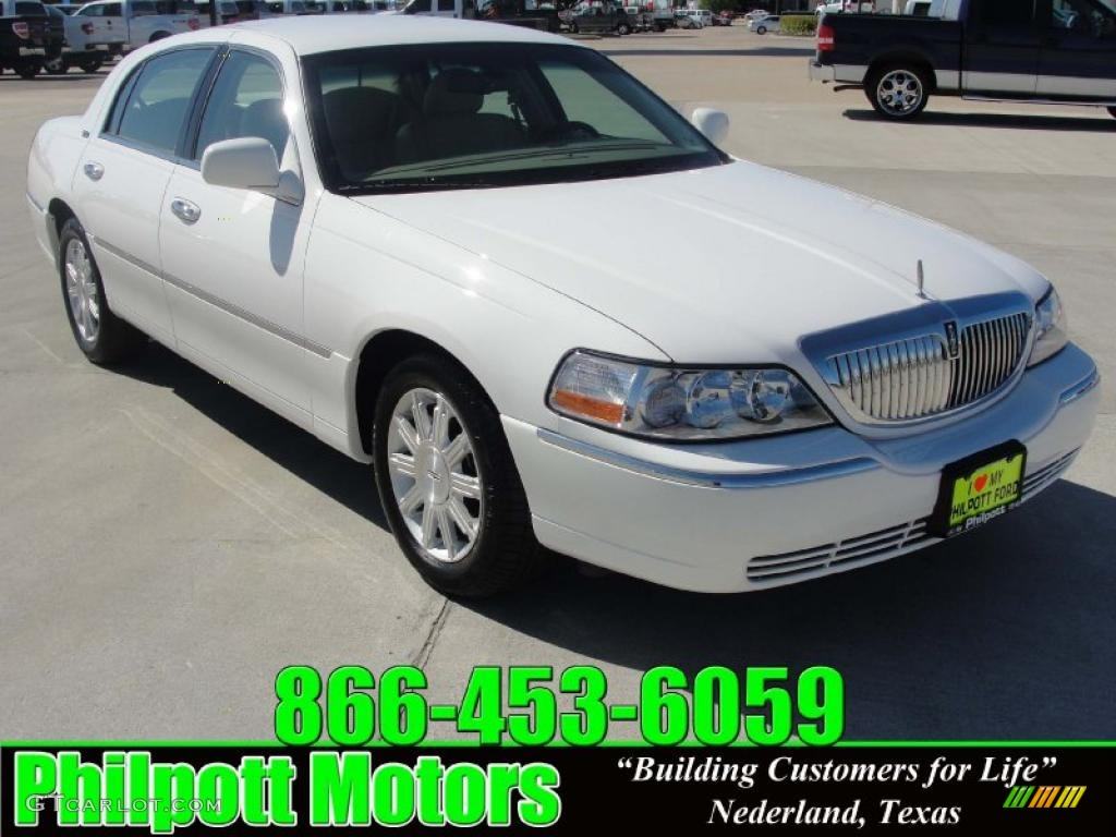 2009 vibrant white lincoln town car signature limited 28247068 car color galleries. Black Bedroom Furniture Sets. Home Design Ideas