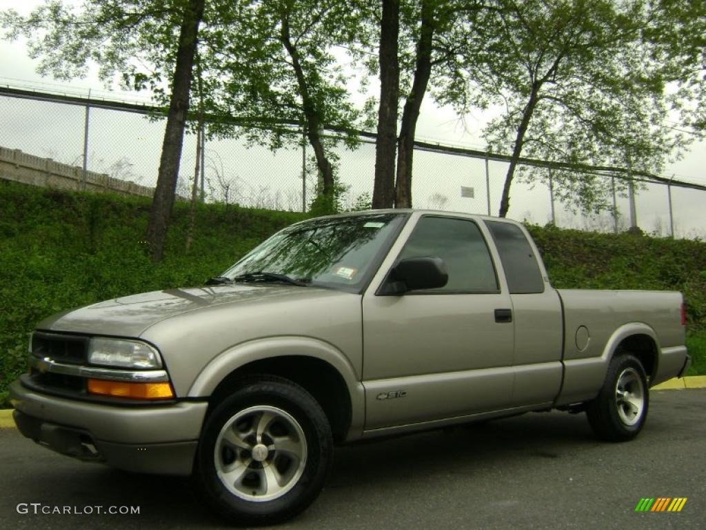 2000 S10 ls Extended Cab