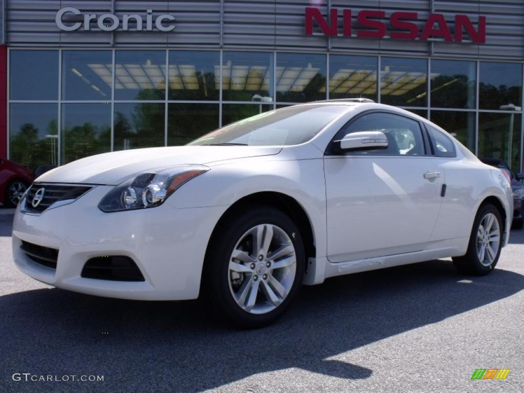 2010 winter frost white nissan altima 2 5 s coupe. Black Bedroom Furniture Sets. Home Design Ideas