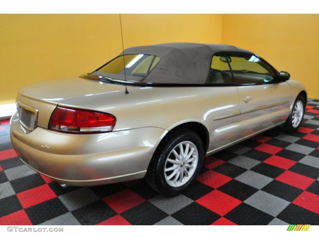 2001 Sebring LXi Convertible - Champagne Pearlcoat / Taupe photo #6