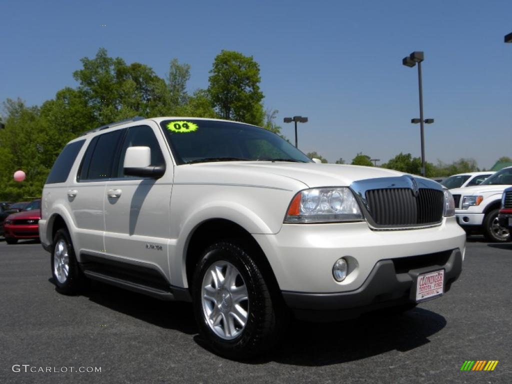 2004 ceramic white tri coat lincoln aviator luxury. Black Bedroom Furniture Sets. Home Design Ideas