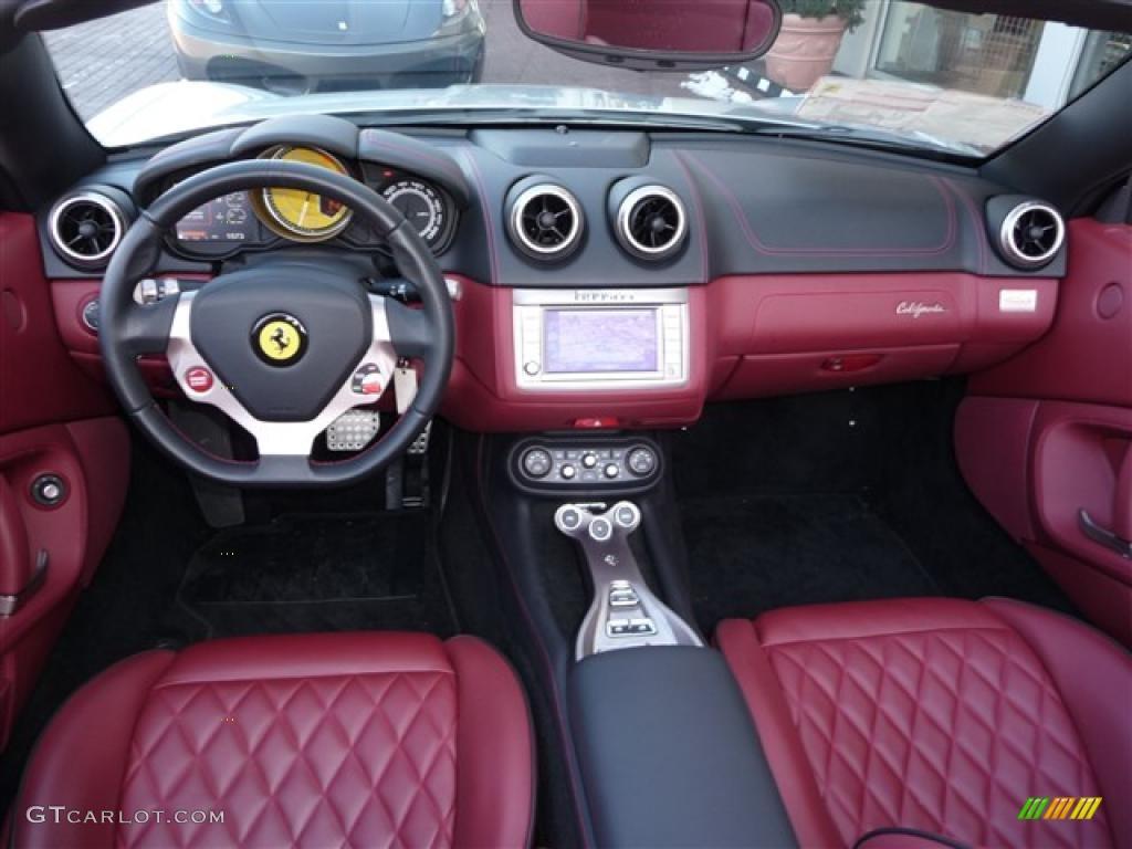 2010 Ferrari California Standard California Model Bordeaux Dashboard
