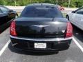 2005 Brilliant Black Crystal Pearl Chrysler 300 C HEMI  photo #2