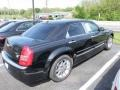 2005 Brilliant Black Crystal Pearl Chrysler 300 C HEMI  photo #3