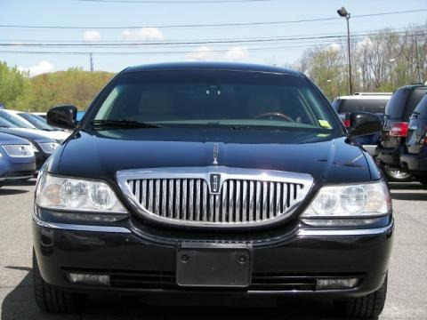 2003 Lincoln Town Car Cartier L Data, Info and Specs