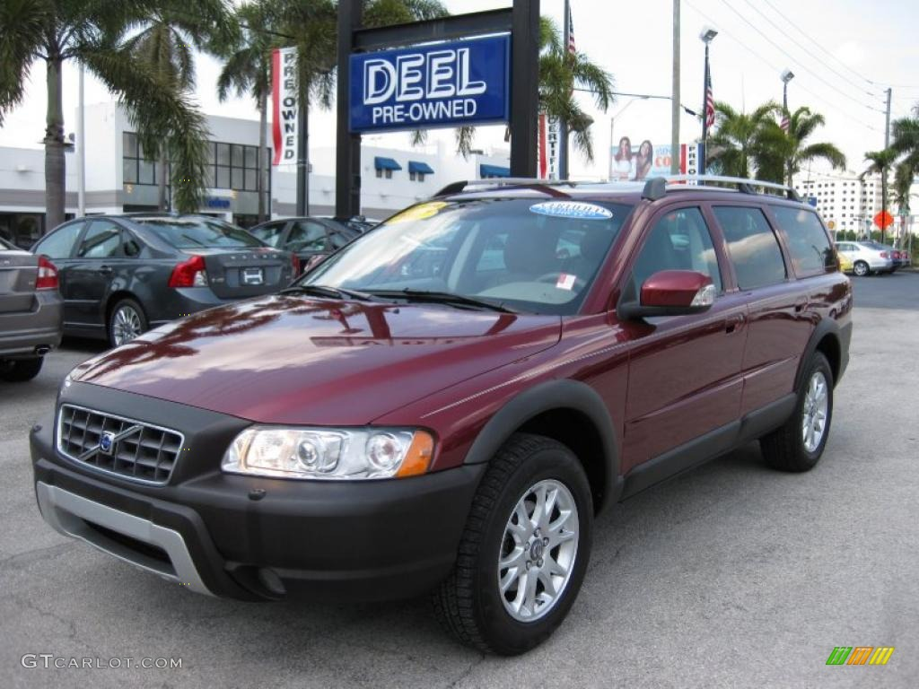 Ruby red metallic volvo xc70
