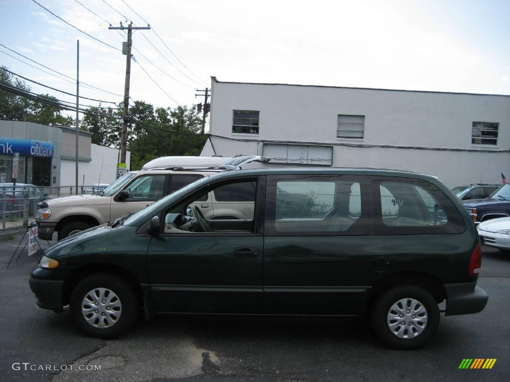 1997 Forest Green Pearl Plymouth Voyager  28802108 Photo