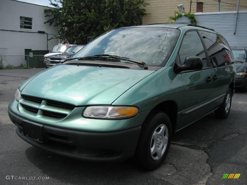 Alpine green pearlcoat dodge caravan