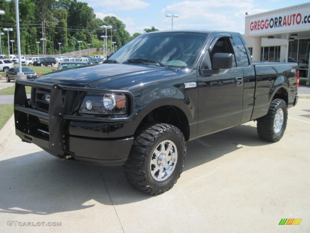 2004 black ford f150 stx regular cab 4x4 28875071. Black Bedroom Furniture Sets. Home Design Ideas
