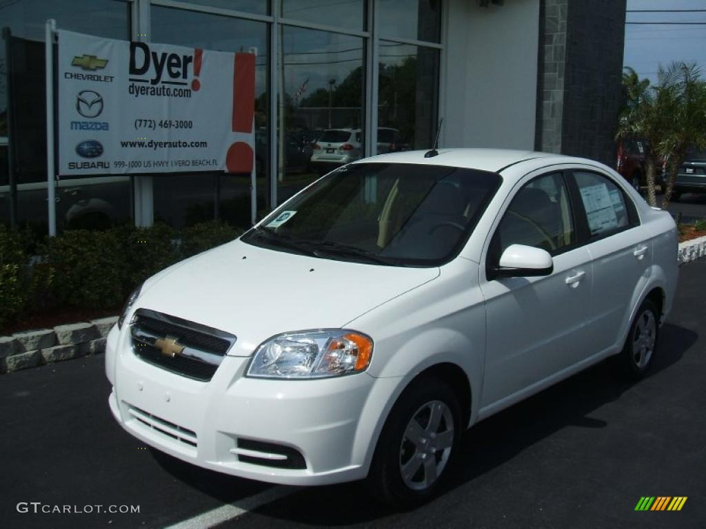 2010 summit white chevrolet aveo lt sedan 28936520 car color galleries. Black Bedroom Furniture Sets. Home Design Ideas