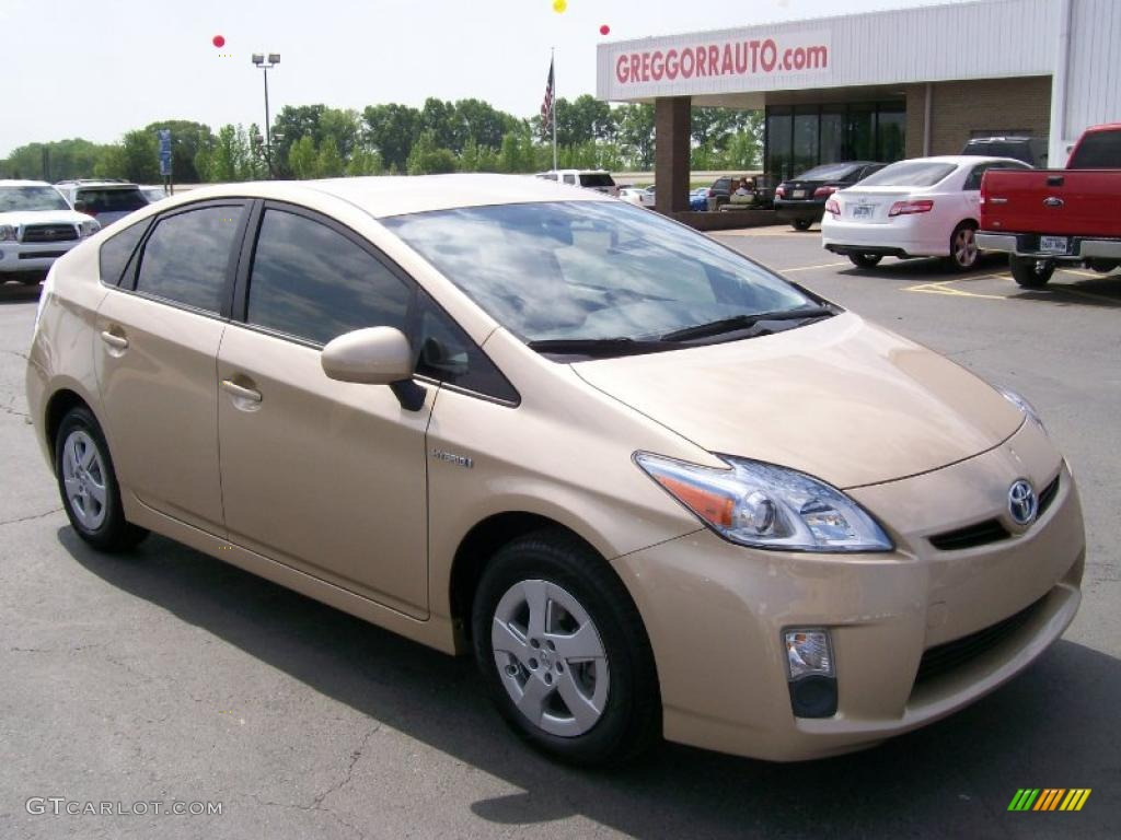2010 Prius Hybrid Iii Sandy Beach Metallic Bisque Photo 1