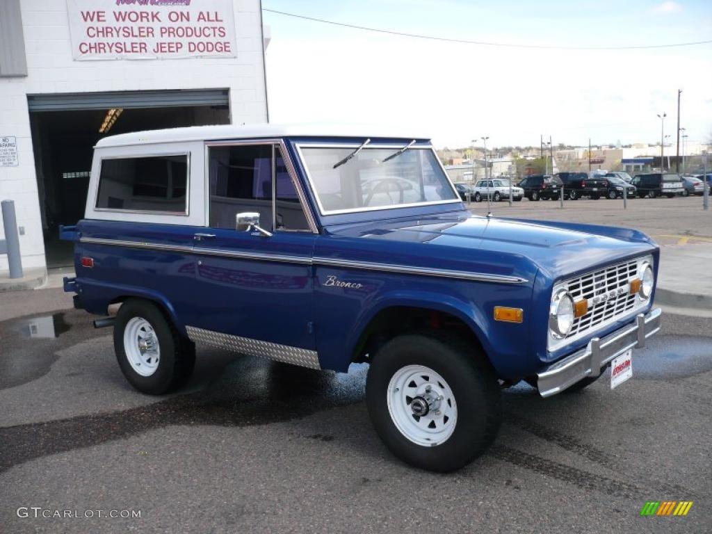 Automotive Paint Colors >> 1973 Medium Blue Ford Bronco 4x4 #29004639 Photo #3 | GTCarLot.com - Car Color Galleries