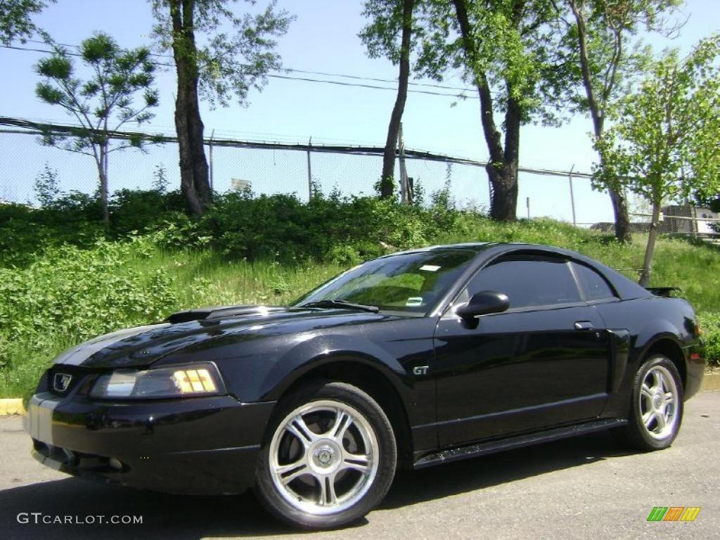 2002 Mustang GT Coupe - Black / Medium Parchment photo #1