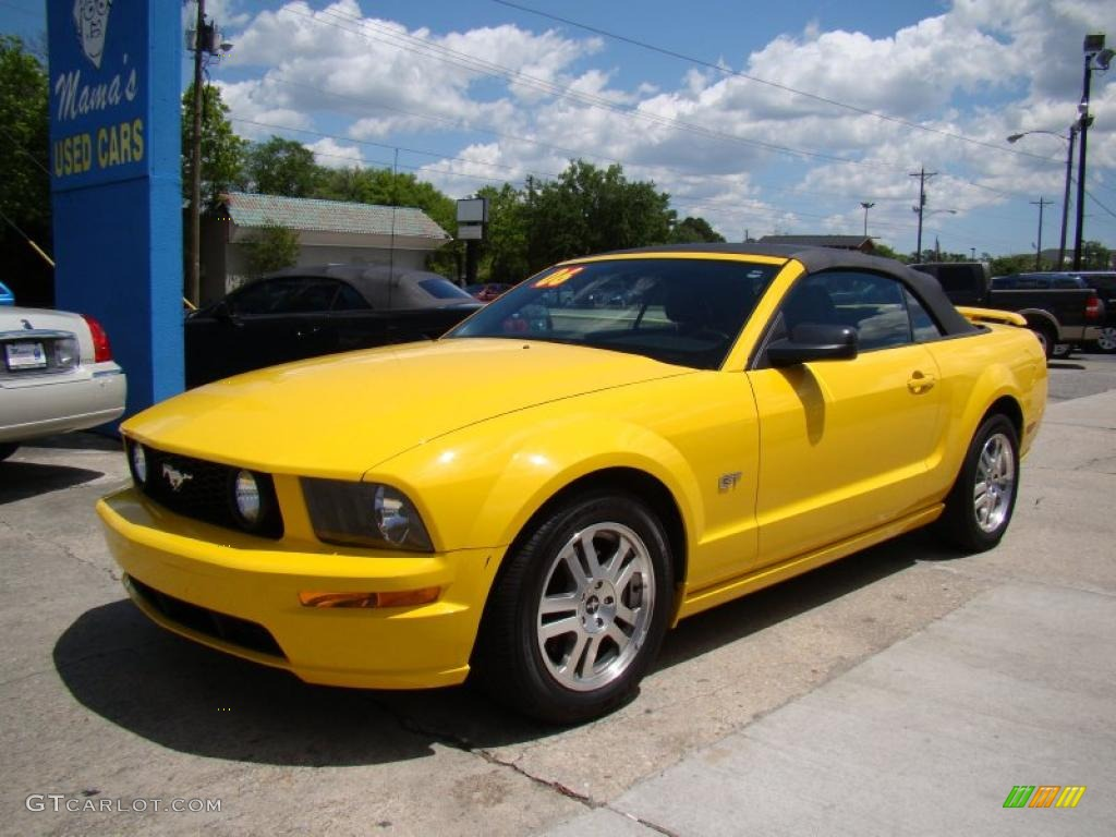 2006 screaming yellow ford mustang gt premium convertible. Black Bedroom Furniture Sets. Home Design Ideas