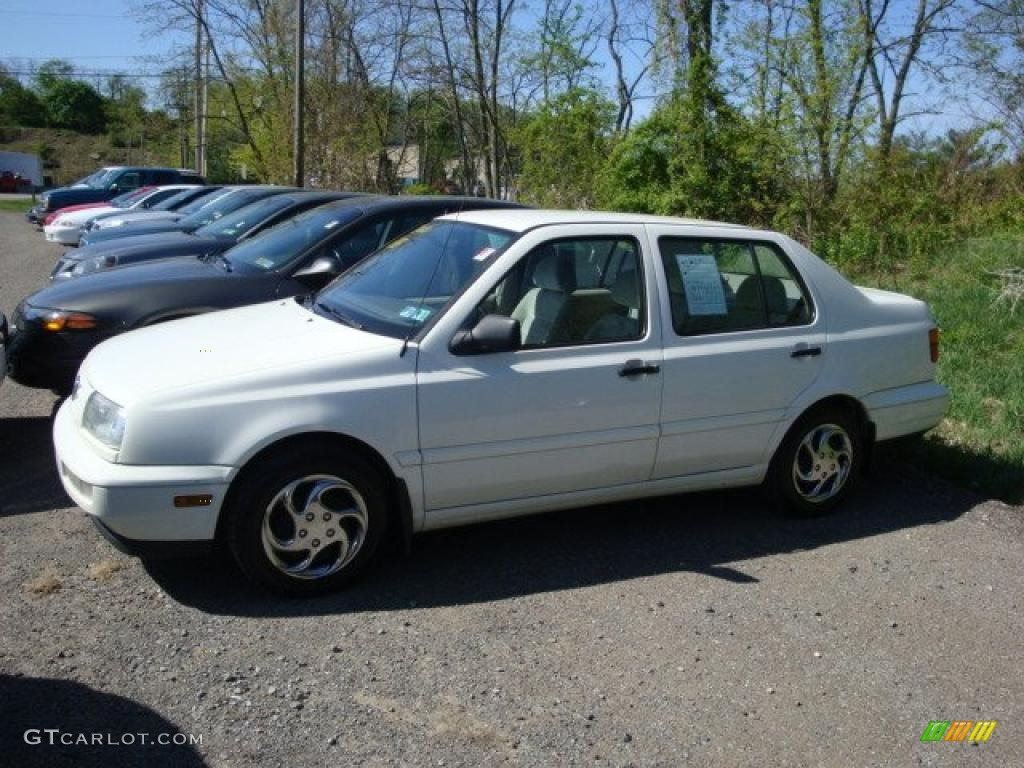 1998 Cool White Volkswagen Jetta Gl Sedan 29266220 Photo