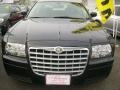 2005 Brilliant Black Crystal Pearl Chrysler 300   photo #5