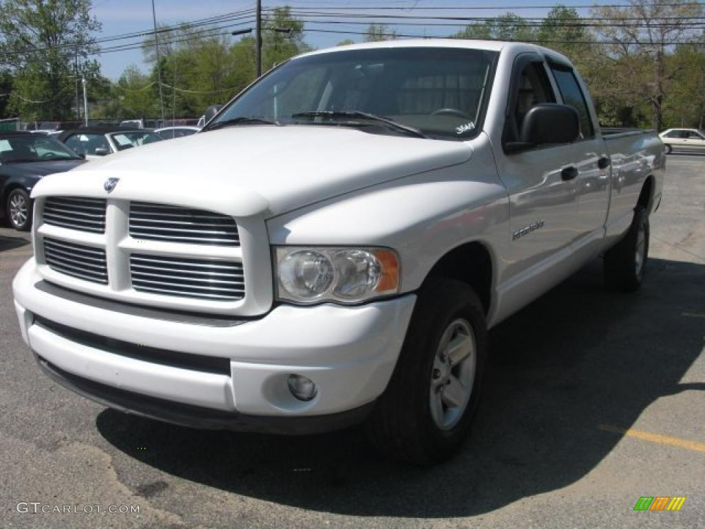 2002 Ram 1500 Sport Quad Cab 4x4 - Bright White / Dark Slate Gray photo #2