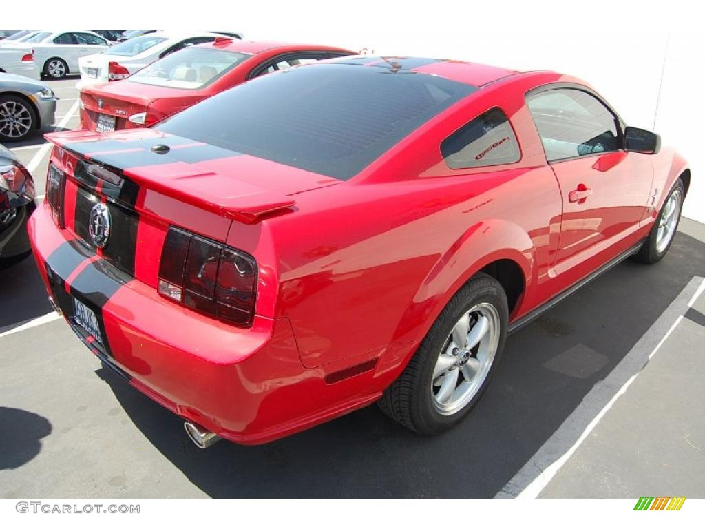 2007 Mustang V6 Premium Coupe - Torch Red / Dark Charcoal photo #5