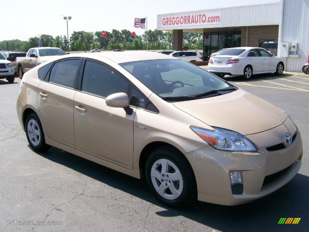 Sandy Beach Metallic Prius
